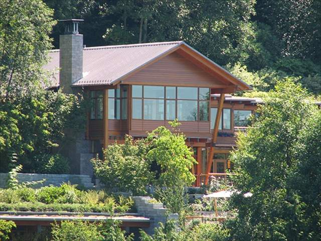 Bill Gates House 7 Bedrooms 24 Bathrooms 6 Fire Places 6 Kitchens